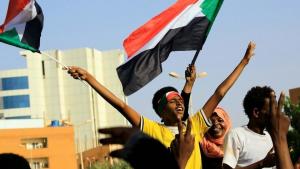 الشيوعي السوداني يتوعّد بإسقاط حكومة حمدوك وإعادة تنظيم جماهير الثورة